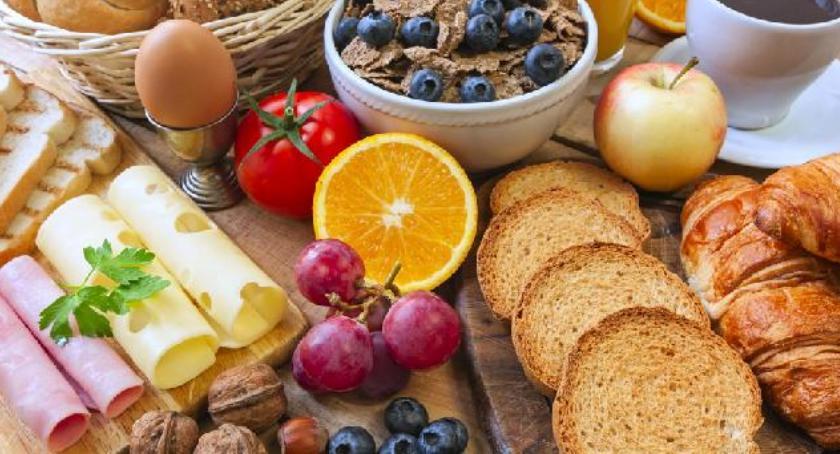 umiejętności , Śniadanie przedszkolaka - zdjęcie, fotografia