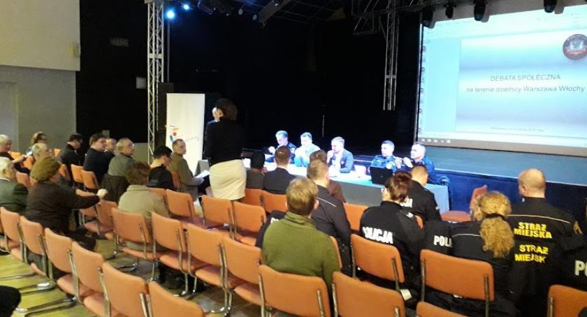 Bezpieczeństwo, Debata bezpieczeństwie Włochach - zdjęcie, fotografia