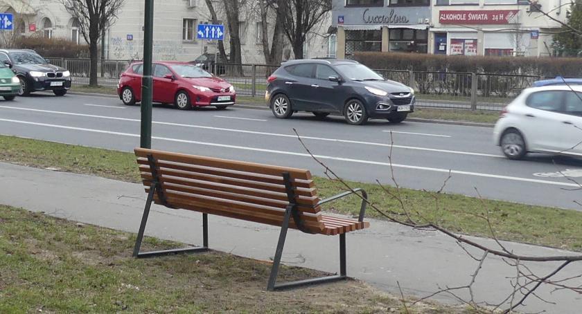 urządzenia publiczne, Tyłem przodem - zdjęcie, fotografia