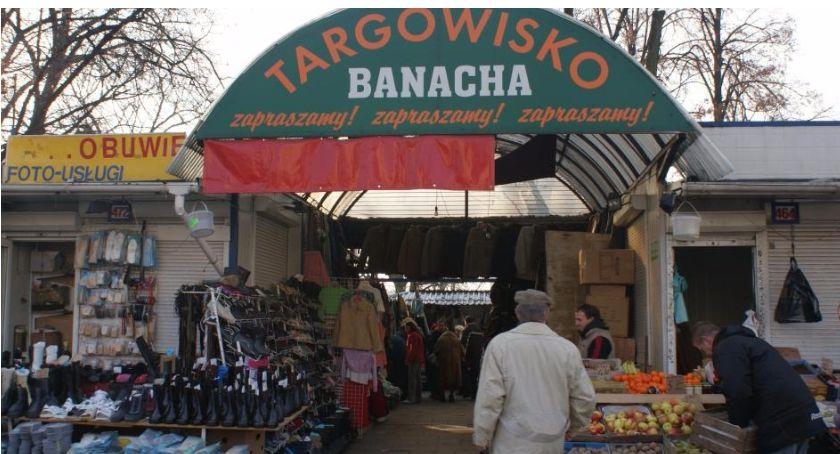 Handel i usługi, Uwaga kupcy bazaru Banacha - zdjęcie, fotografia