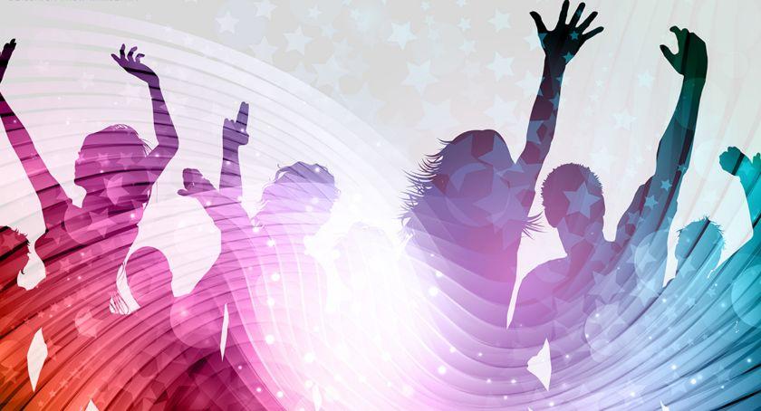 imprezy plenerowe, Potańcówka Włochach - zdjęcie, fotografia