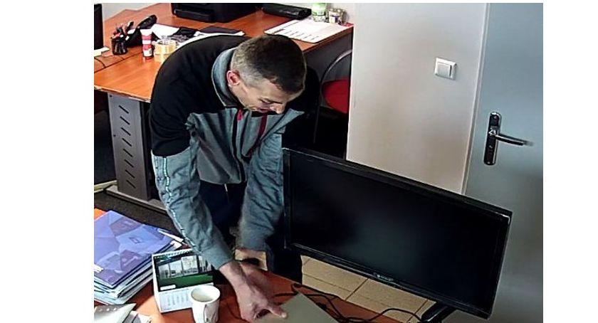 Bezpieczeństwo, człowiek może mieć związek kradzieżą - zdjęcie, fotografia