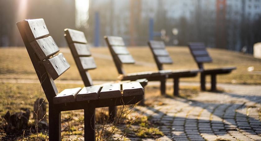 urządzenia publiczne, Ławki kosze życzenie - zdjęcie, fotografia