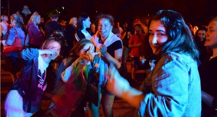 imprezy plenerowe, Ostatnie tańce - zdjęcie, fotografia