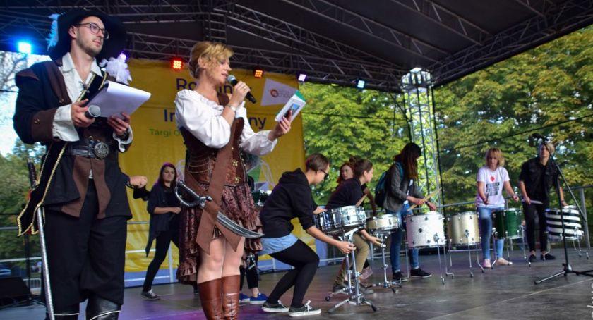 imprezy plenerowe, Szczęśliwicach edukacja rekreacja zabawa - zdjęcie, fotografia