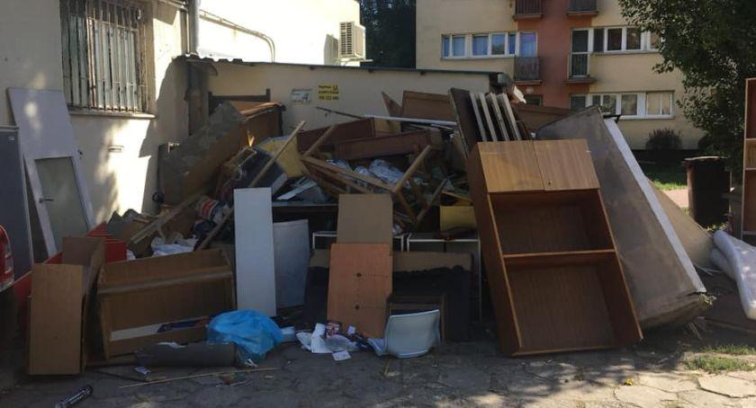 Gospodarka odpadami, Dlaczego śmieci śmiecą - zdjęcie, fotografia