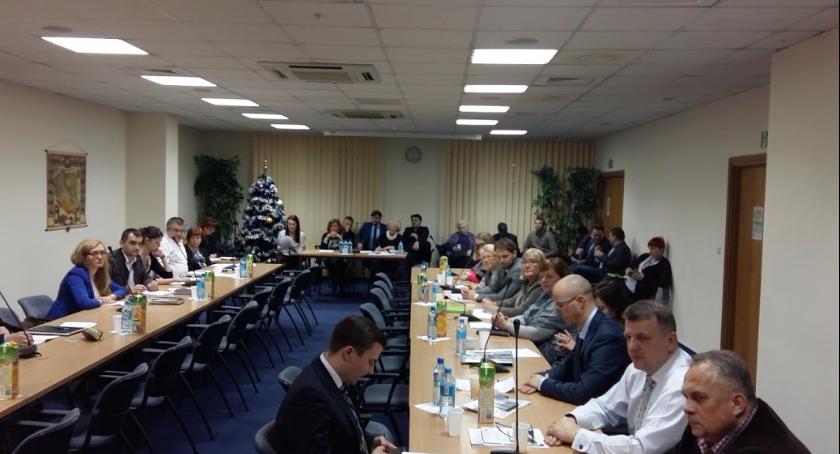 wydarzenia, Trzeszcząca koalicja - zdjęcie, fotografia