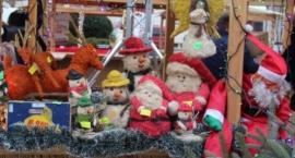 Jarmark świąteczny na placu Baśniowym