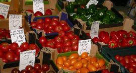 Pomidory w górę a ziemniaki w dół