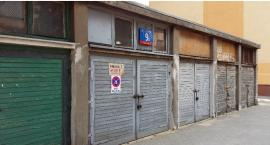 Straszące garaże