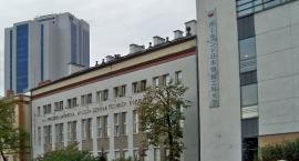 Stypendia dla ochockich uczniów w Szkole Polsko-Japońskiej