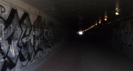 Upragnione doświetlenie tunelu .