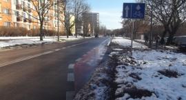 Pas i droga dla rowerów na Korotyńskiego .
