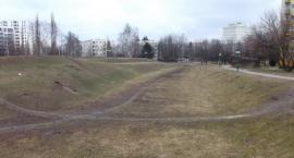Park przy Korotyńskiego  przed wiosną .