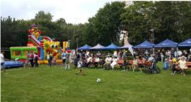 Piknik sąsiedzki na Rakowcu