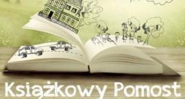 Książkowy Pomost w Surmie -