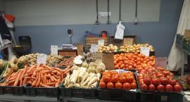 Zdrowe i kolorowe warzywa ze stanowiska nr. 60