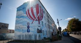 W rocznicę śmierci Franciszka Hynka odsłonięto nowy mural
