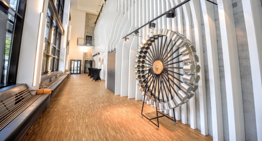 Imponujące otwarcie: Dom Kultury Kadr zaprasza w swoje podwoje w sobotę i niedzielę. Warto!