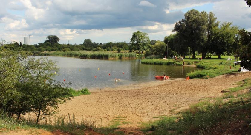 Cudowne rozmnożenie kąpielisk nad Jeziorkiem Czerniakowskim: nie jedno, a trzy!