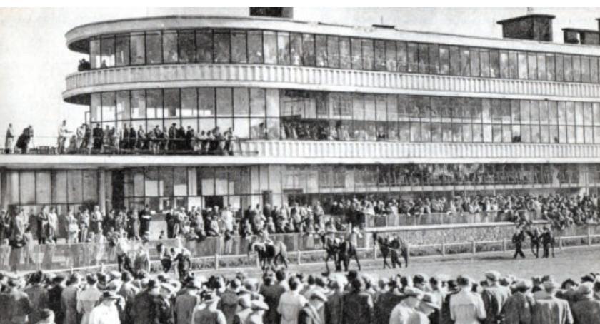 Dzisiaj (3 czerwca 2018 r.) mija 79 lat historii Toru Wyścigów Konnych na Służewcu