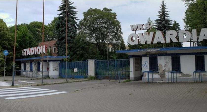 Mokotowska Nowoczesna z apelem do MSWiA o przywrócenie stadionu Gwardii społeczeństwu