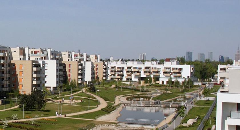 Premier Mateusz Morawiecki mieszka w naszej dzielnicy w ekskluzywnym osiedlu Marina Mokotów