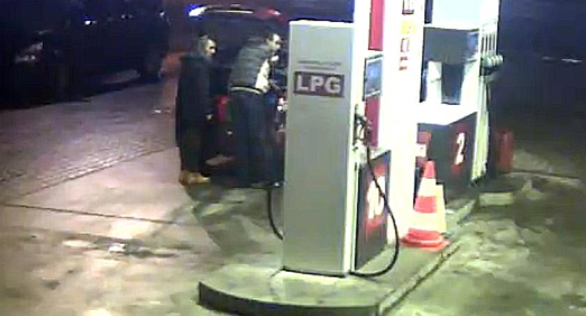Poszukiwani za kradzież ze stacji benzynowej!