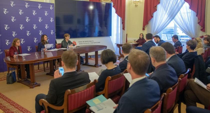 Konsultacje, Było spotkanie sztabu kryzysowego - zdjęcie, fotografia