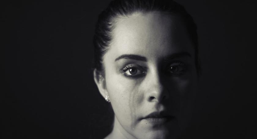 Felietony, Victim Shaming ofiara nigdy winna - zdjęcie, fotografia