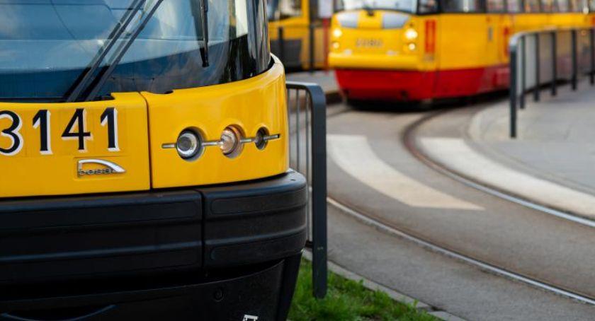 Bezpieczeństwo, Rzucił pasażerów tramwaju - zdjęcie, fotografia