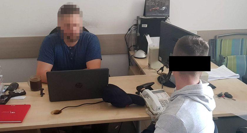 Poszukiwani, Policjanci zatrzymali poszukiwanego listem gończym - zdjęcie, fotografia