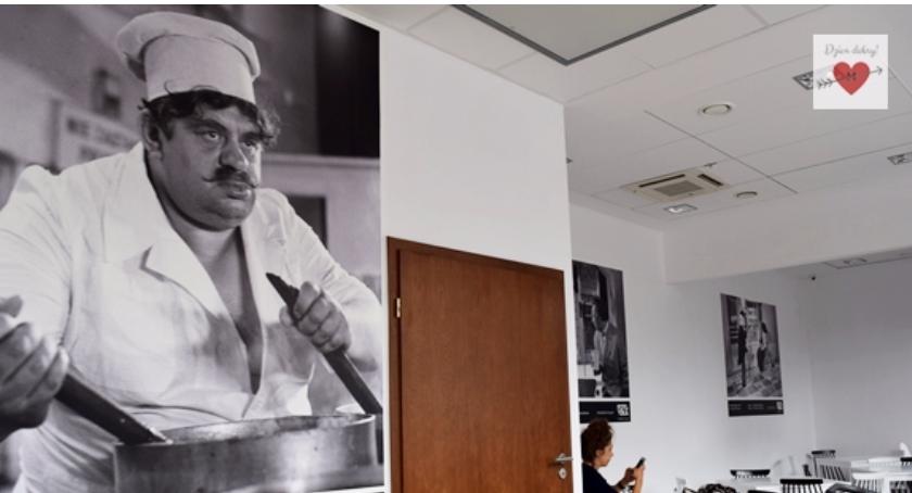 Handel i usługi, Mokotowski Mleczny karmi smacznie… Puławskiej koło Filmoteki Narodowej - zdjęcie, fotografia