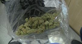 Kolejny diler narkotyków na Mokotowie zatrzymany. Ma 25 lat, a w mieszkaniu miał marihuanę