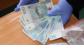 Policja mokotowska systematycznie wychwytuje dilerów narkotyków: skutecznie i bez pobłażania