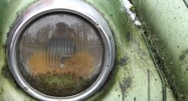 Na Racławickiej palił się dostawczy volkswagen, z którego wyciekała benzyna