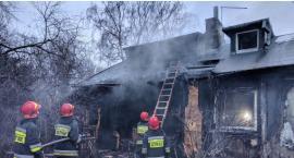 Na Osiedlu Jazdów spłonął rodzinny dom Barbary Wrzesińskiej; trzeba go odbudować!