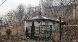 Interwencja MJN: fawele w Szopach Polskich, 500 metrów od stacji metra Wilanowska