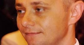 Zaginął 48-letni Krzysztof Sawicki. Ktokolwiek widział, ktokolwiek wie… Udostępniajcie!