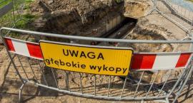 Przy ul. Melomanów nastąpiła awaria rury ciepłowniczej; sześć budynków nie miało wody i ciepła