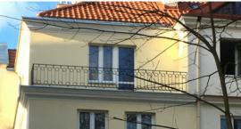 Dom przy Ursynowskiej 30 będzie truł powietrze, bo - choć wyremontowany - to są roszczenia!