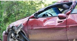 Zderzenie trzech samochodów na skrzyżowaniu ul. Wiertniczej z al. Wilanowską