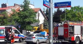 Policja też się zderza, ostatnio na rogu Wiertniczej i Obornickiej, straż donosi, a policja milczy