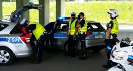 Obywatele zatrzymali pijanego kierowcę w skodzie octavii przy zjeździe z obwodnicy na Puławską