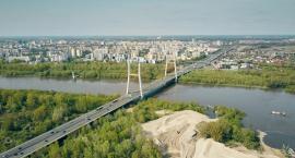 Most Południowy po roku: wyłania się z Wisły w towarzystwie pontonów i sztucznych wysp