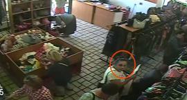 Oto podejrzana o kradzież portfela z dokumentami w jednym ze sklepów przy ul. Odyńca