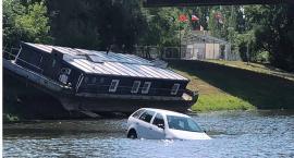 Samochód wpadł do wody Portu Czerniakowskiego, ale nikt się nie utopił, wyłącznie samochód