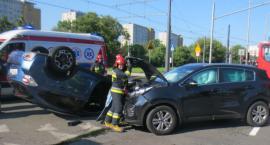 Dachowanie na skrzyżowaniu ulic Woronicza i Wielickiej (fotorelacja)