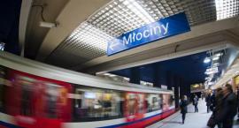 Metro Racławicka: kolejna śmiertelna ofiara własnej bezmyślności? To już druga w tym tygodniu