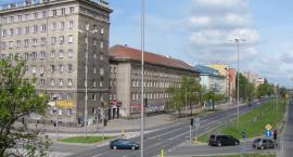 Wysoka wieża stanie na terenie dawnej zajezdni u zbiegu Chełmskiej i Czerniakowskiej